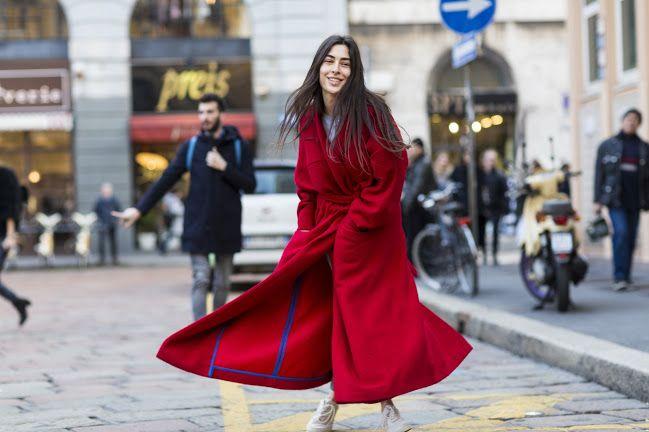 Sokaktan En İyi 50 Palto Stili  Hızla değişen zamana meydan okuyan paltolar, bu sezon da New York, Londra, Paris ve Milano sokak stilinin başrolünde. Tüm zamanların en iyi 50 zamansız palto. >>>>  http://vogue.com.tr/sokak-stili/sokaktan-en-iyi-50-palto-stili#p=1