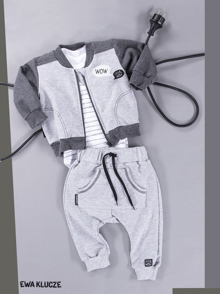 EWA KLUCZE, kolekcja BLACK, bluza dla chłopca, białe body, spodenki dresowe, jesień-zima 2018, ubranka dla dzieci, EWA KLUCZE, BLACK collection, baby boy jacket, white bodysuit, joggers,  baby clothes