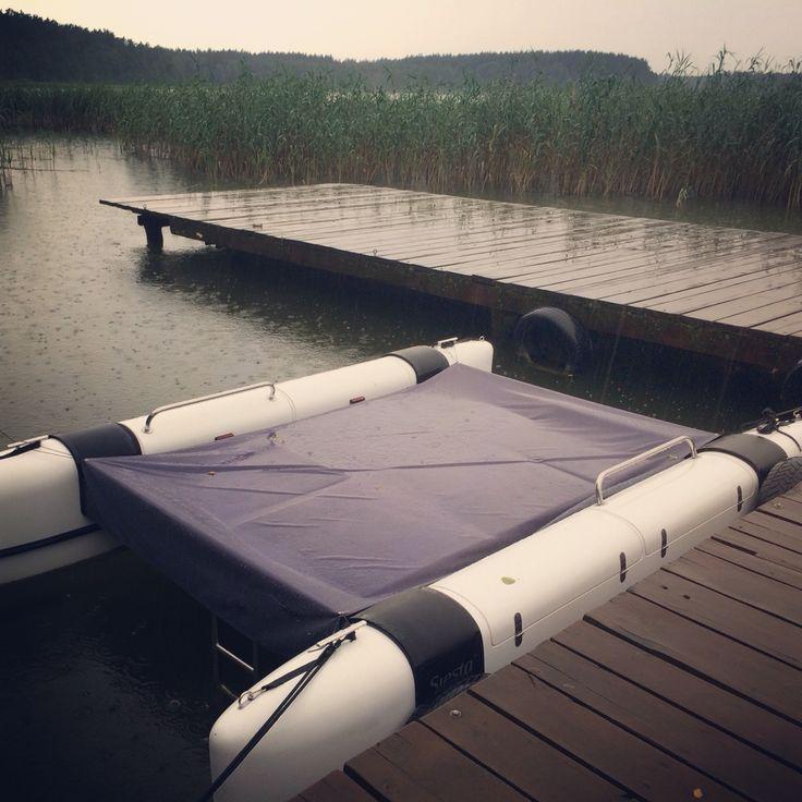 Hotel Jabłoń i Solemaran w deszczowe popołudnie