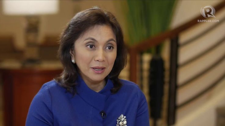 Robredo: Many Liberal Party members stay on safe side - WATCH VIDEO HERE -> http://dutertenewstoday.com/robredo-many-liberal-party-members-stay-on-safe-side/   'We will have a very difficult time convincing most of the politician members of the party to make their voices heard, to try to be game changers,' says Vice President Leni Robredo of the once ruling Liberal Party. Full story:  Follow Rappler on Social Media: Facebook...