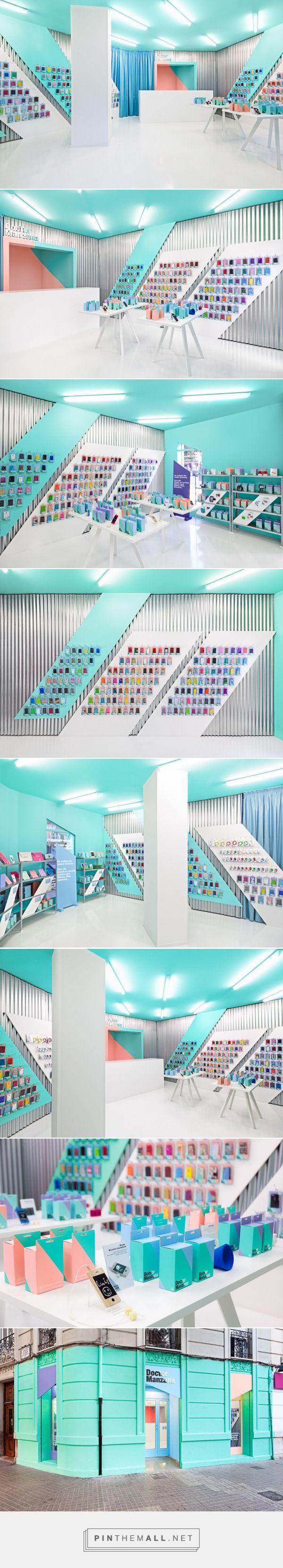 Doctor Manzana - Phone Store - Interior Design - by Masquespacio