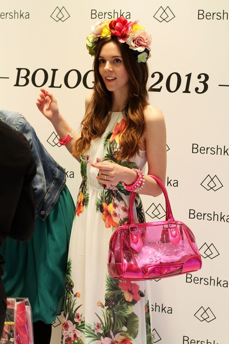 Best 25 grand opening party ideas on pinterest grand for Bershka via indipendenza bologna
