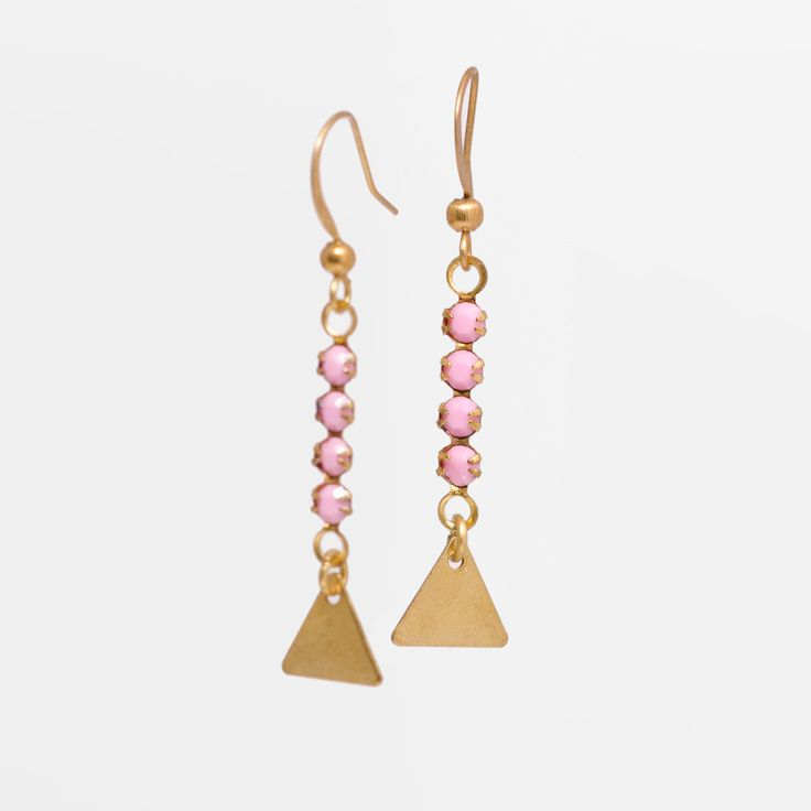 Boucles d'oreilles L'Oreille Absolue - Rose - courtes / triangle plein