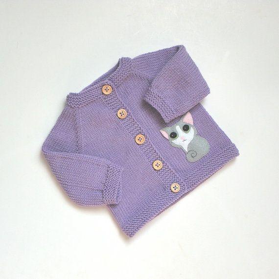 Chaqueta de bebé lavanda con suéter de bebé punto púrpura luz