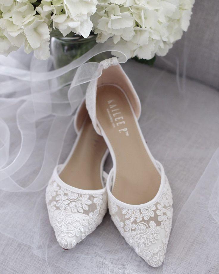 WHITE CROCHET LACE Flache Schuhe mit spitzen Zehen und Ballerinas zum Schnüren …