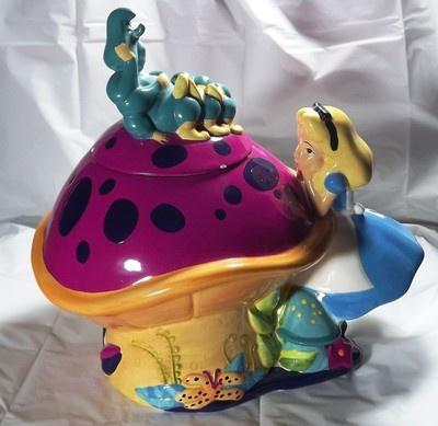 DISNEY-TREASURECRAFT ALICE IN WONDERLAND MUSHROOM COOKIE JAR W/ BOX  (: