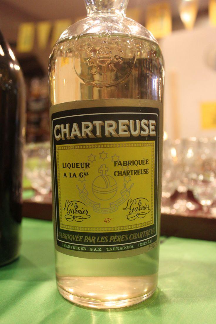 Une chartreuse jaune de Tarragone, année 1967. Finesse aromatique et longueur en bouche. 43°