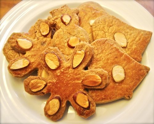 Christmas cookies from the Netherlands: w/ cumin, cinnamon, anise, cloves, nutmeg- YUM.