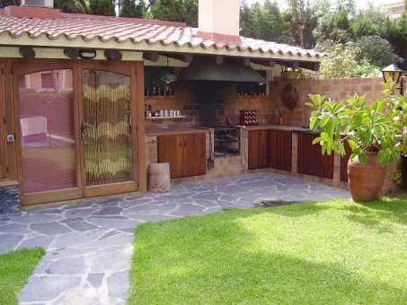 100 best images about barbacoas cocinas y pergolas para for Jardines con barbacoa