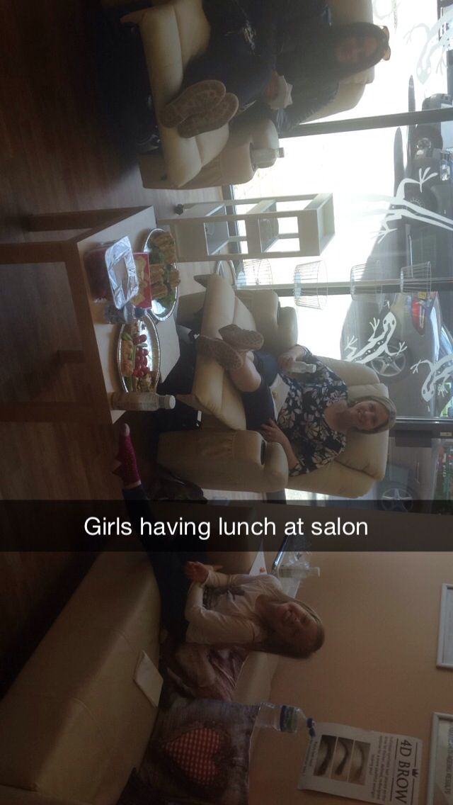 Girls chilling out in salon with lunch