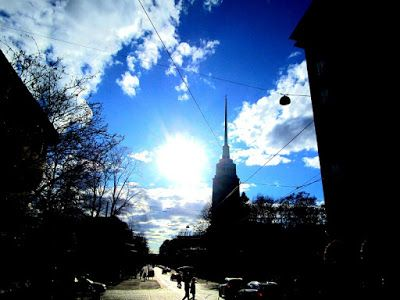 Helsinki blogi: Eiranpuisto ja aurinko häikäisee