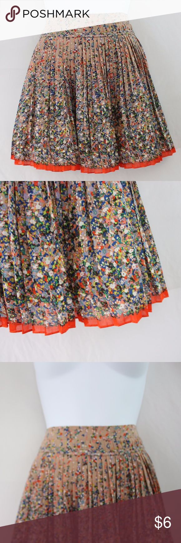 "SALE - American Eagle Outfitters Mini Skirt American Eagle Outfitters  Flouncy Mini Skirt with 1/2"" Pleating and Braid Band Detail Nude background with Multicolor Floral Design  Size 8 (See pictures for measurements) American Eagle Outfitters Skirts Mini"