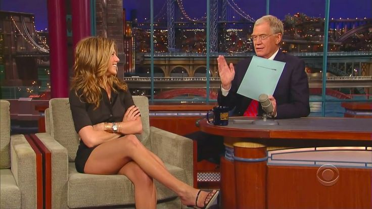 David Letterman astonished by Jennifer Aniston's Sexy Legs