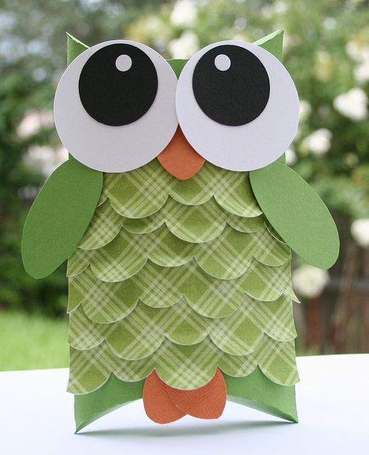 darling owl treat box... Just the pic, but awesome idea!