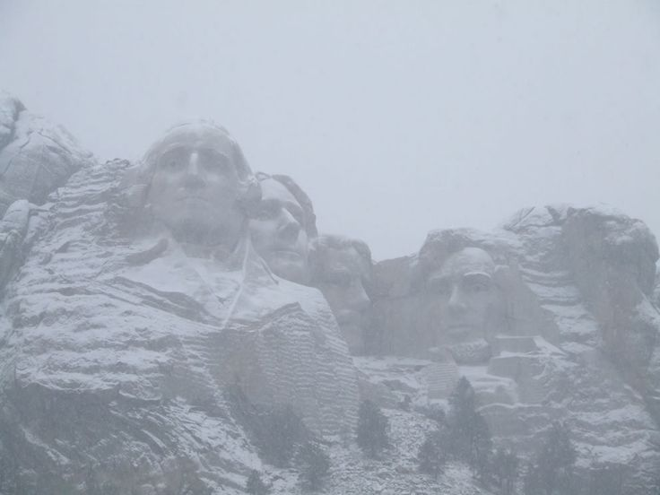 Mount Rushmore in the snow. In the off-season there is still an evening lighting ceremony u201cSculpture illuminated nightly for one hour approximately 30 ... & 80 best Mount Rushmore images on Pinterest   Mount rushmore South ... azcodes.com