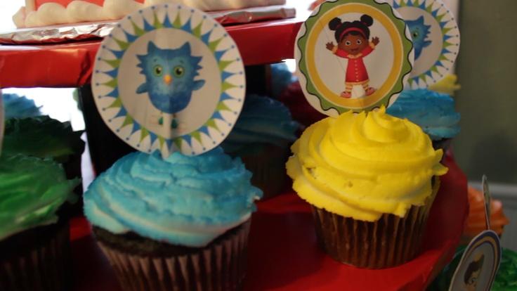 Daniel tiger birthday party cupcakes