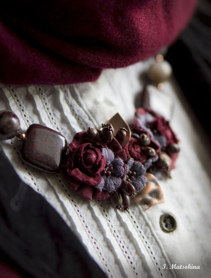 Купить Колье Терпкое Вино - бордовый, винный, марсала, колье ручной работы, текстильное украшение