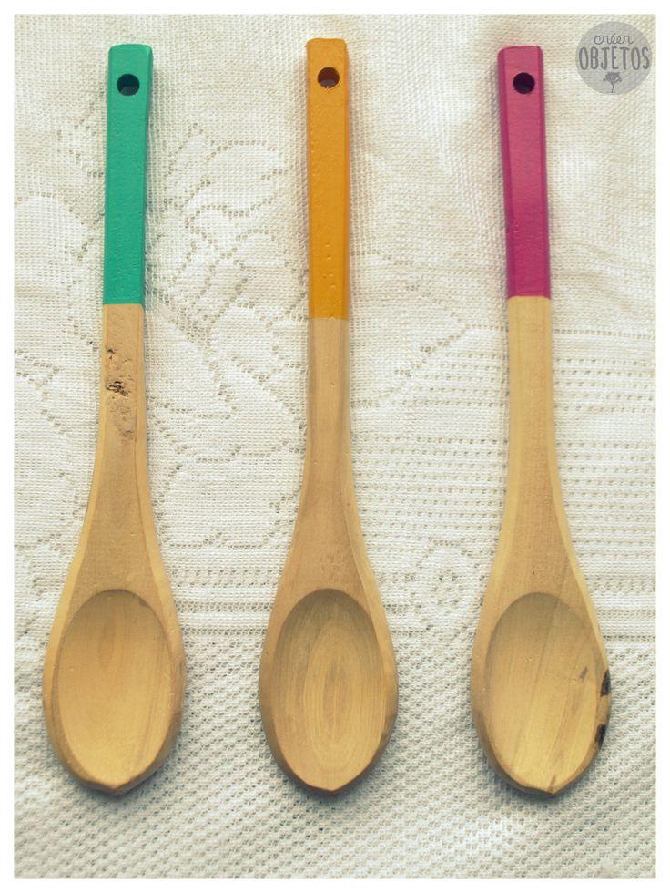 Cucharas de madera - con un toque de color