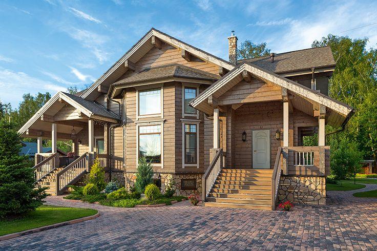 Деревянный дом из сосны с двусветной гостиной и камином I Дома из клееного бруса I Журнал «Деревянные дома»