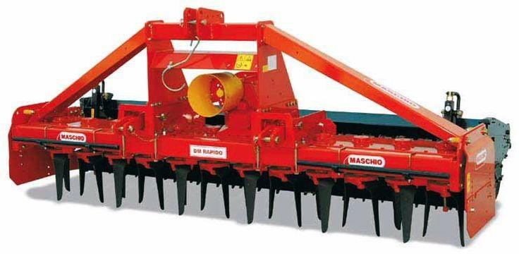 Σβολοκόπτης Ιταλίας MASCHIO DOMINATOR DM RAPIDO, ιδανικός για μεσαίες ή μεγάλες φάρμες και για επαγγελματική χρήση. Έχει στοιβαρή κατασκευή, ενώ με χρήση μαχαιριών τύπου GRIP μπορεί να δουλέψει ακόμη και σε εδάφη που δεν έχουν οργωθεί. Διατίθεται με σύστημα ταχείας αντικατάστασης των μαχαιριών. Κατάλληλος για ελκυστήρες (τρακτέρ) 120HP-200HP.