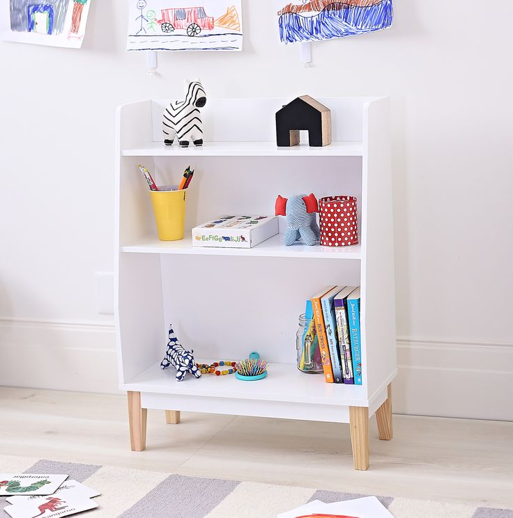 This White Dakota Kids Bookcase will make a great addition to any kids bedroom or playroom. Finished in a simple white finish with solid wood legs this versatile bookcase will look great in any style décor. Ideal storage for toys, books etc