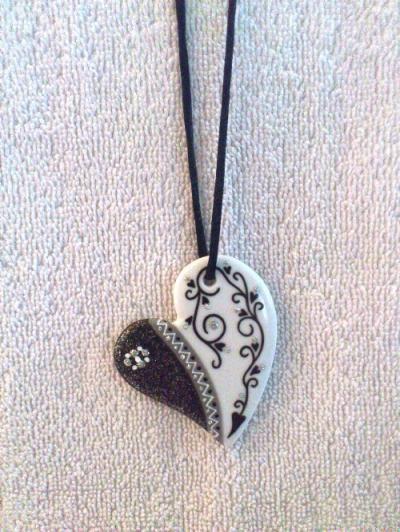 Création pendentif en porcelaine coeur