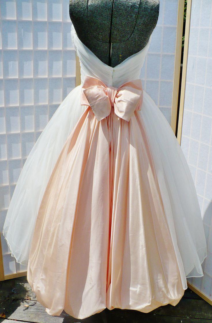 White 1950s dress/ prom dress/ wedding by Redalligatorvintage