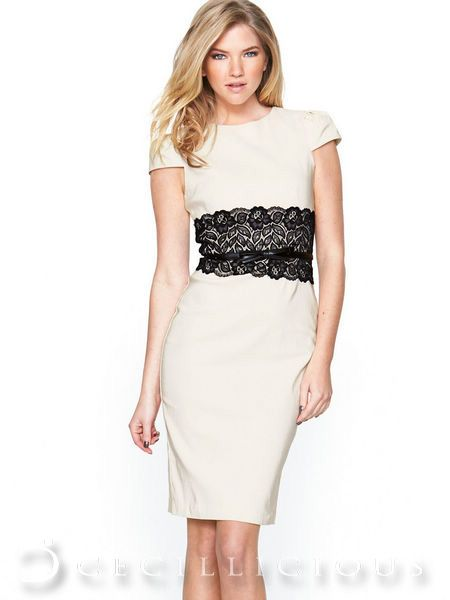 Livvy White Lace Mididress