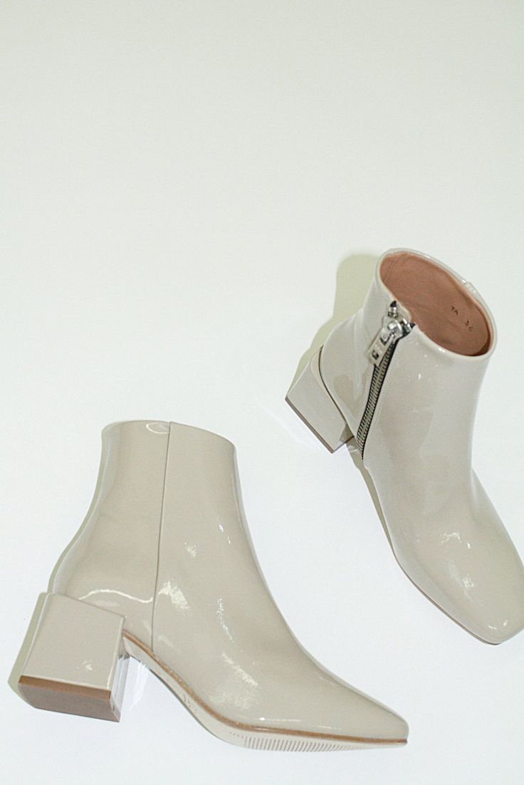 LoQ Boots