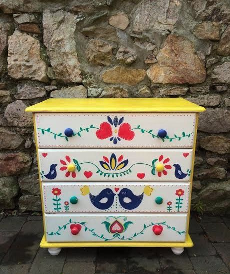 Painted dresser by Keria in Maison Moli, Bray. So simple and bright - it almost radiates happiness! #chalkpaint #anniesloan