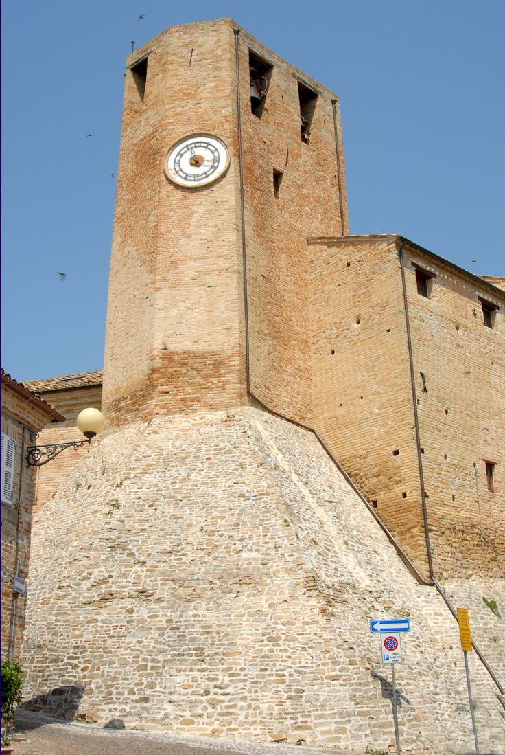 Torre civica #marcafermana #monteleonedifermo #fermo #marche