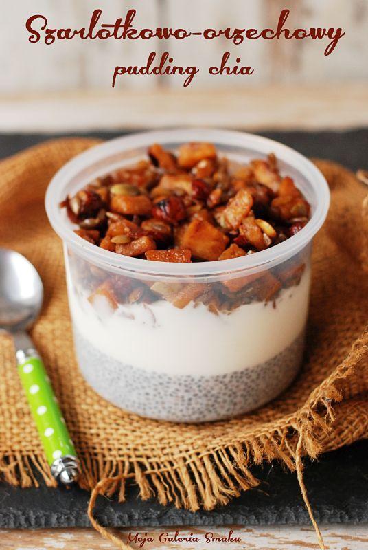 Szarlotkowo-orzechowy pudding chia