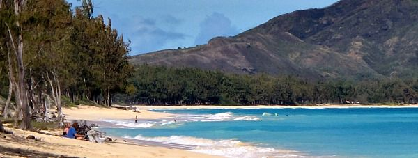 Hawaii Vacation in April - http://www.excellent-romantic-vacations.com/romantic-vacation-in-april.html#