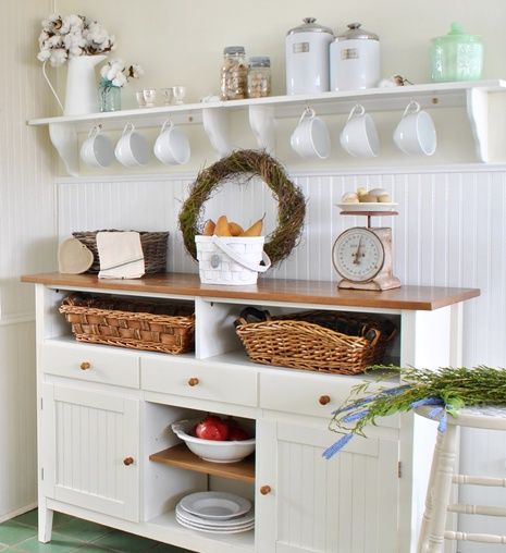 Creating a cozy home summer natural texture and house for Country living kitchen designs