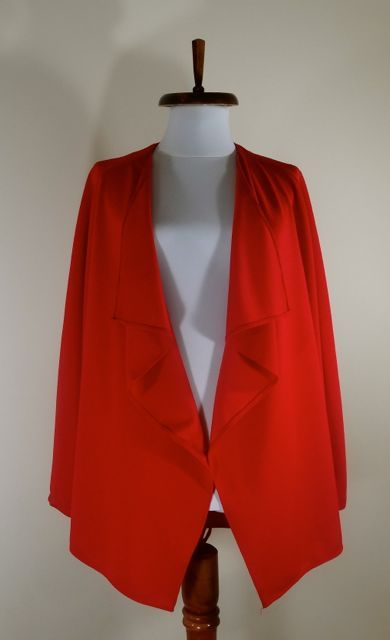 Bright red jersey blazer by Noomi.