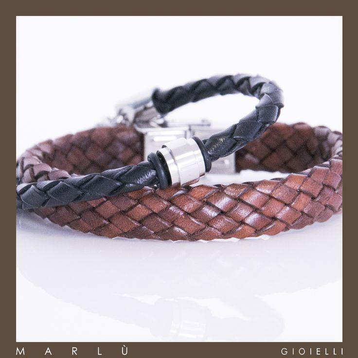 Bracciale in pelle nera con inserto in acciaio e  bracciale in pelle marrone della collezione #ManTrendy    Black leather bracelet with steel insert and brown leather bracelet. #ManTrendy collection