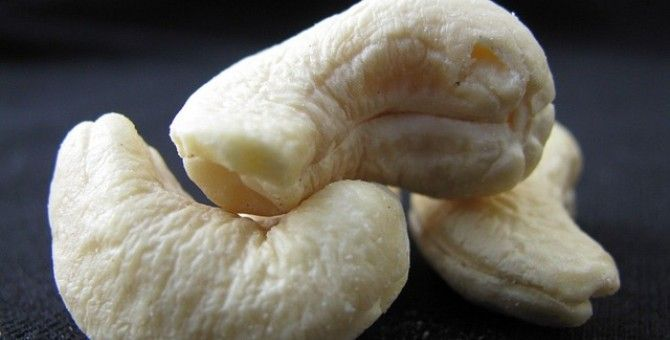Cashew Nuts and its Benefits