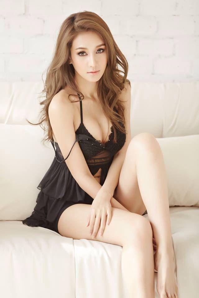 299 best asian girls images on pinterest feminine. Black Bedroom Furniture Sets. Home Design Ideas