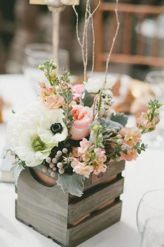 rustic wooden box wedding centerpiece / http://www.himisspuff.com/rustic-wedding-centerpiece-ideas/18/