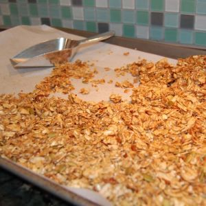 Recipe: Granola Bars / Cereal (the perfect substitute for all those boxed cereals)