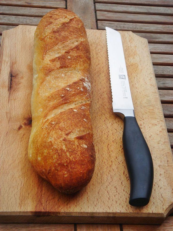 Természetesen nem csak kenyeret lehet sütni természetes kovásszal (vadkovásszal). Íme néhány nagyszerű péksütemény, gyökér...
