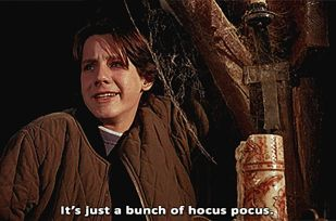 """13 Things You Probably Didn't Know About """"Hocus Pocus"""" - BuzzFeed Mobile"""