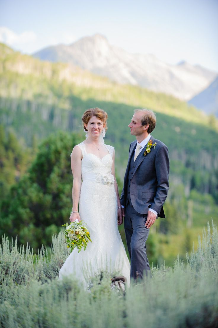We LOVE the mountains!! Outdoor weddings with mountains as the backdrop are our jam.  Photography: Rachel Olsen Photography - rachelolsenphotography.com  Read More: http://www.stylemepretty.com/little-black-book-blog/2014/04/15/rustic-elegance-redstone-inn-wedding/