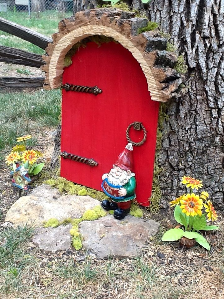 35 best images about outdoor elf houses on pinterest for Outdoor fairy door