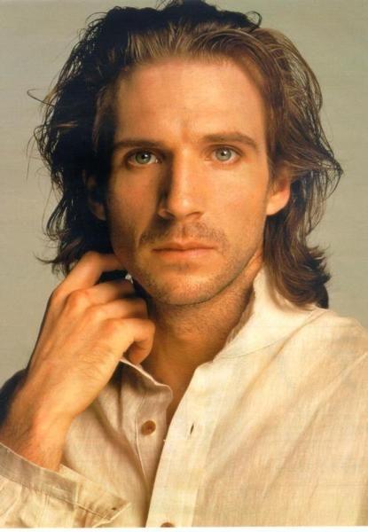 https://i.pinimg.com/736x/21/d4/24/21d4243e0c454a18b87a5d50edd7f5cd--beautiful-long-hair-beautiful-men.jpg