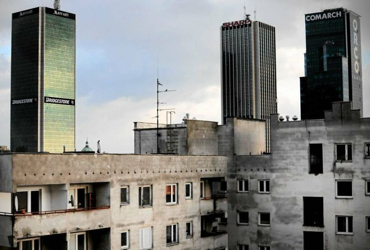 Warsaw, the city of contrasts