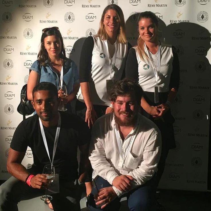 @agathecauchard @nadiasoule et les élèves de @kedgebs au Congrès des #oenologues #cognac #oenoevent2017 #cognac #wine #france #cocktails #vodka #hennessy #drinks #liquor #cocktail #instagood #luxury