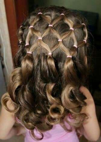 I'm going to have to do my little ones hair this way!!