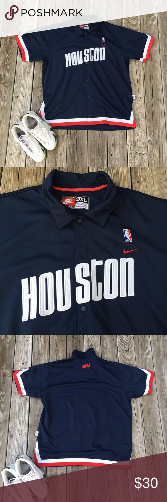 NBA Nike Throwback Houston Warm Up Jacket Snaps up the middle. Red, white, and blue.  Bundle and save! Make me a reasonable offer, I'm willing to negotiate! Nike Shirts
