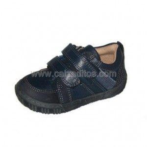 Deportivos para niño con dos velcros. También sirven como zapatos colegiales, zapatos de uniforme.  ENVIO GRATIS.